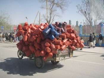 Plastic wagon in Kabul