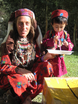 afghan woman and child